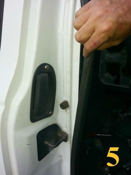 Trs Magazine Ford Ranger Opening A Stuck Rear Door