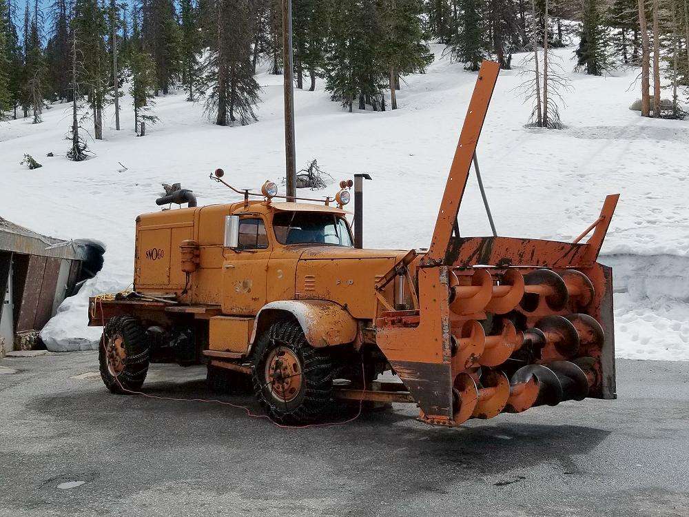 monarch_pass_snowblower-1.JPG