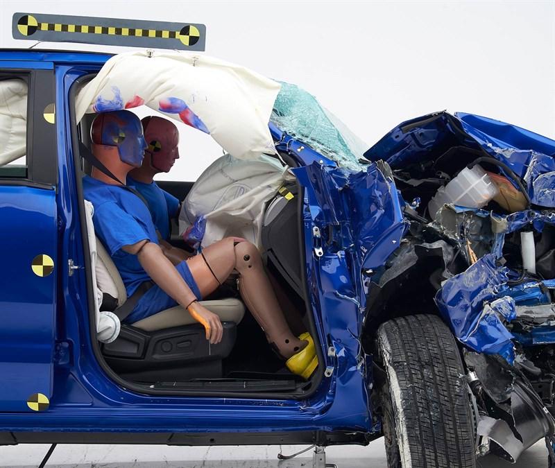 Small overlap front crash test passenger-side.jpg