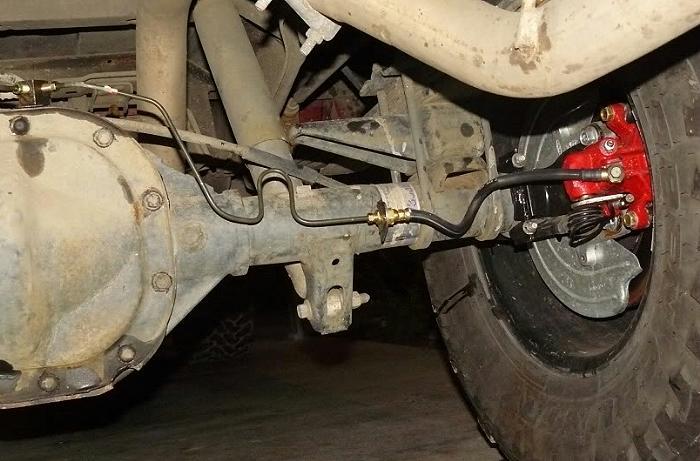 2000 f250 rear axle brake line