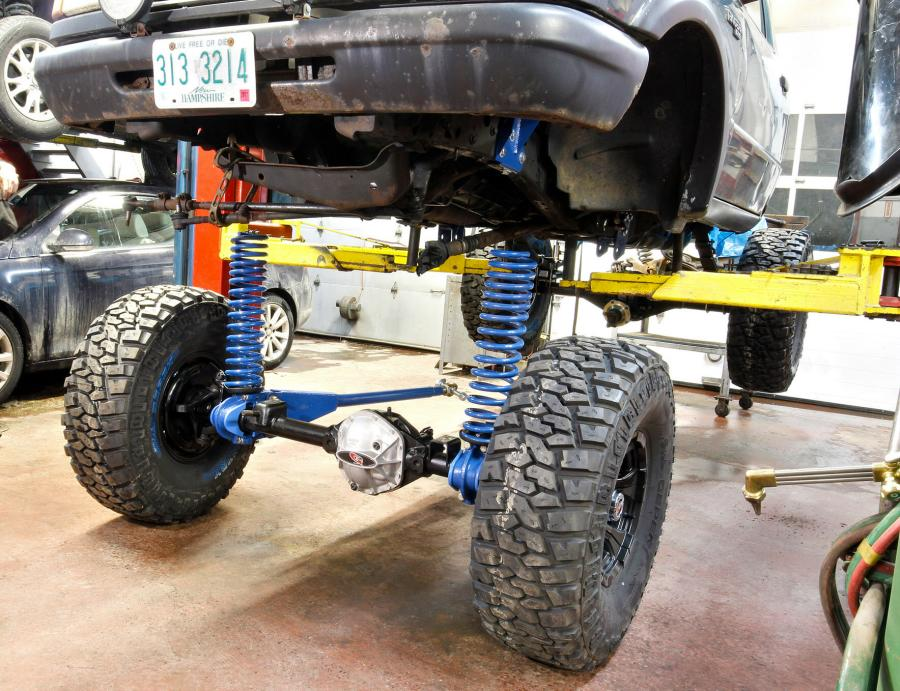 James Duff Ford Ranger Dana 44 Axle Swap : The Ranger Station